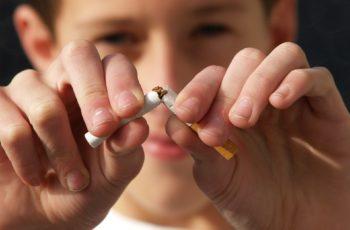 Como o cigarro afeta a criança, adolescente e até o feto